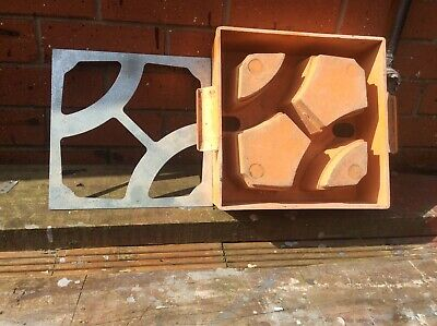 Wall Screen Concrete Mould