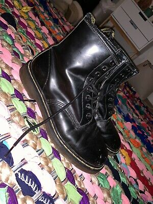 smooth doc martens