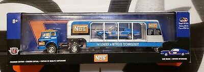 M2 Machines Nos ** 1970 Ford C-600 & 1968 Ford Mustang Gt 390 ** #3600