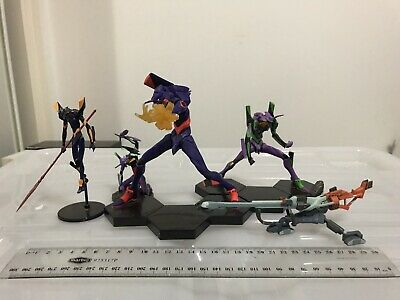 Evangelion Figures (1x Mark 6, 3x Eva01) slight damage to the one holding gun