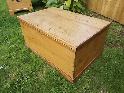 Antique Victorian Pine Blanket Box coffee table wooden chest trunk ottoman