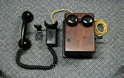 Antique Vintage – 211 Space Saver Telephone with 315A Magneto Ringer Box