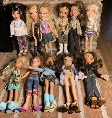 11 Different BRATZ Dolls. EXCELLENT Condition. Complete With Full Outfits.