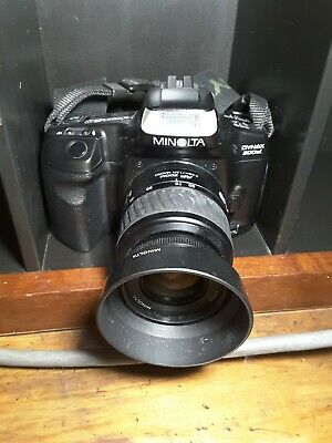 Vintage minolta  dynax 300si with detachable auto focus lens