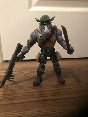 Playmates Teenage Mutant Ninja Turtles Classics TMNT Rocksteady