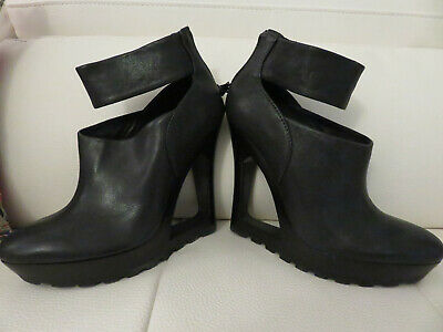 Stunning BCBGMAXAZRIA  Black Leather Open Wedge boots Booties