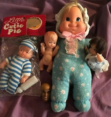 1970 Mattel Vintage Baby Beans Doll Yellow Bag 11