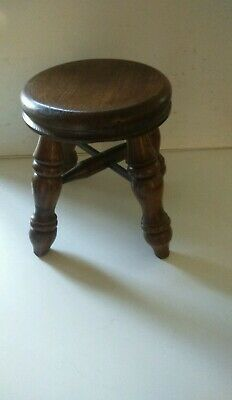 Vintage Small Oak Stool Childs /Milking