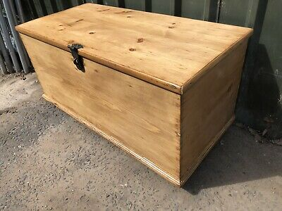 Beautiful Antique Large Victorian Pine  Blanket Box
