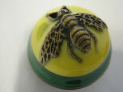 Gucci 1 button green yellow bees 23 mm dome BUTTON THIS IS FOR ONE