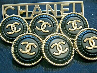 CHANEL  6 CC  BLACK MATTE GOLD 21mm BUTTONS THIS IS FOR SIX