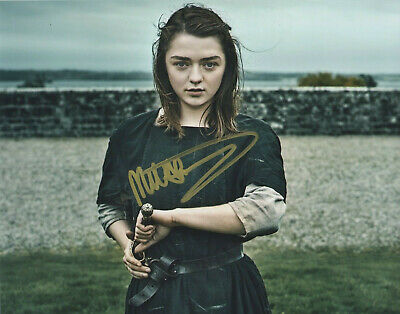Maisie Williams Game of Thrones signed autographed  8x10 photo L250