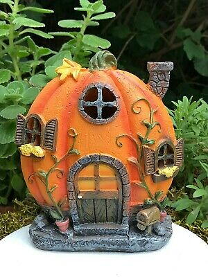 Miniature Dollhouse FAIRY GARDEN ~ HALLOWEEN Pumpkin House w LED Lights ~ NEW