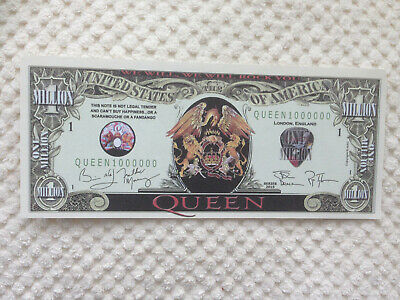 Set of Two Queen Million Dollar Doublesided Novelty Banknotes. FREE P&P