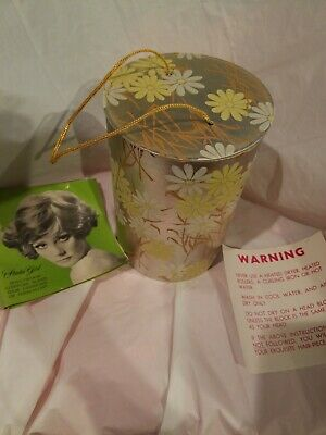 RARE VINTAGE 1950'S STUDIO GIRL HOLLYWOOD BROCHURE AND WIG BOX wig not included