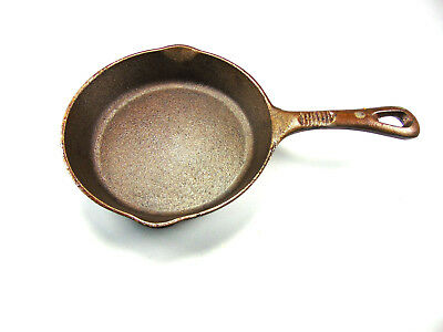 Benjamin & Medwin Cast Iron  8-Inch Skillet Cleaned and Seasoned