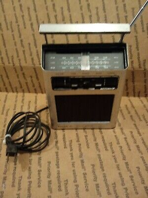Philco Ford Transistor Radio Solid State Free Priority Shipping