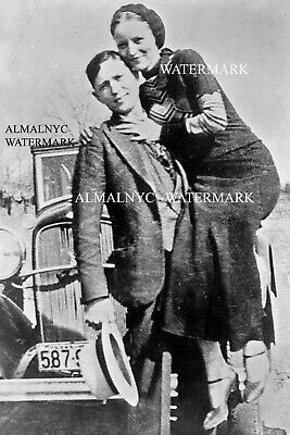 Bonnie and Clyde 1933  (4 x 6 photo reprint)