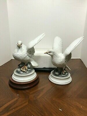 Vintage Pair of Statues of White Doves Andrea by Sadek Japan 1971
