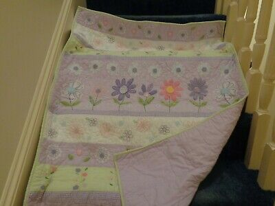 Pottery Barn Kids Crib Quilt ~ Flowers ~ Daisy
