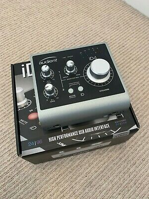 Audient ID4 2 in 2 out Audio Interface With Scroll Control - MINT+++ CONDITION