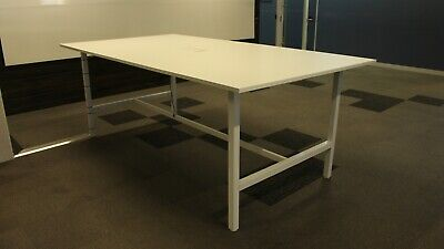 Office/Home Work Bench / Table White Melamine / Metal 39668/327