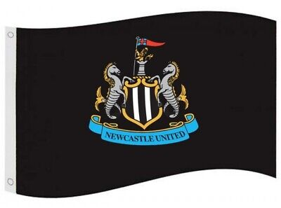 Newcastle Utd FC Football Core Crest Flag Black White Supporter Fan Match Banner