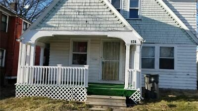 2 Youngstown Houses on one lot with WARRANTY DEED and NO RESERVE