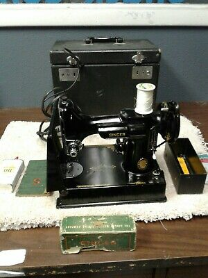 Vintage Singer  Featherweight 221-1 Sewing Machine w/ Case & original Manual
