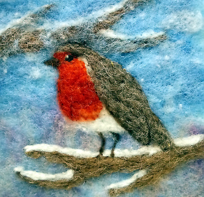 Needle Felting Kit by The Makerss - Robin Picture Kit makes 2 robin pictures