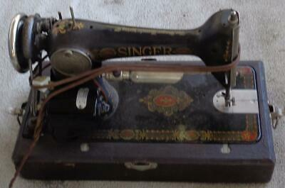 Antique Electric Singer Sewing Machine - With Light - 1910's - G8007259 - w/Case