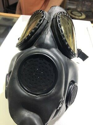 Vintage US Army Mit Chem/cal Biological Gas Mask With Case Straps