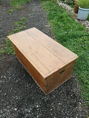 Pine Victorian Antique Blanket Box Chest Trunk Coffee Table Toy Box Ottoman