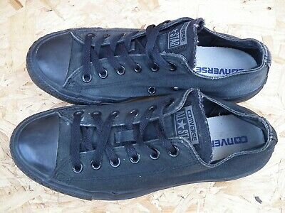 Converse Unisex Chuck Taylor Classic All Star Lo Top Canvas Trainers UK 8
