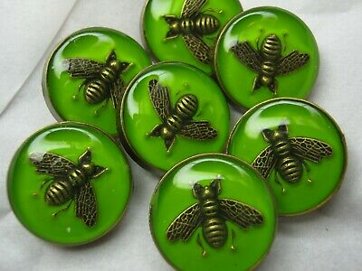 Gucci 7 buttons lime green  BRASS  17 mm 7pc bee