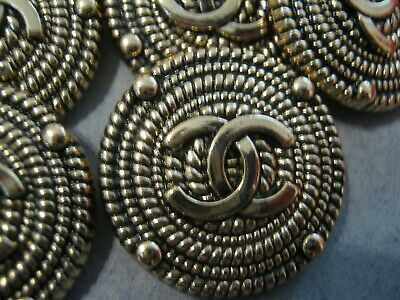 CHANEL  8 CC  ANTIQUE GOLD 25mm CC LOGO BUTTONS THIS IS FOR 8