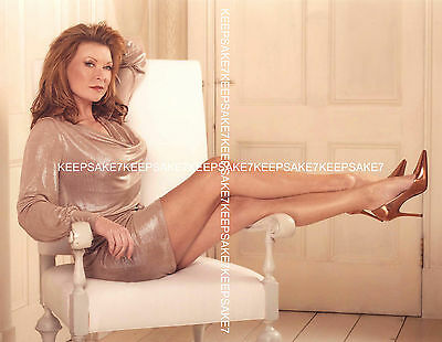 British Actress Claire King Leggy Sexy Legs 8 X 10 Color Photo A-Ck5