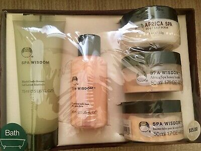 New BODY SHOP Bath Gift set - cleanser, body butter, scrub, cream etc