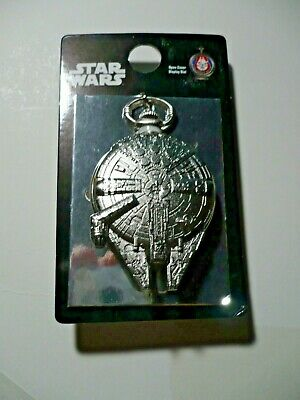STAR WARS Millennium Falcon Pocket Watch New on card chain     a2