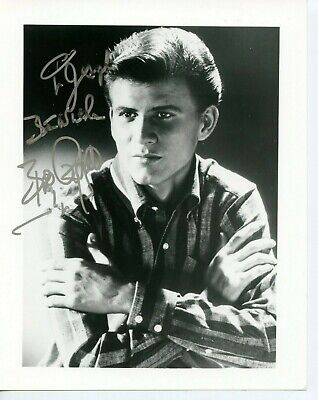 Autographed 8 x 10 Photo Bobby Rydell American singer,of rock and roll Teen Idol