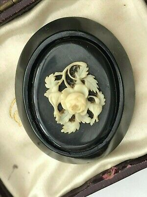Unusual Victorian Antique WHITBY JET Oval Brooch/Pin With Carved Flower Relief