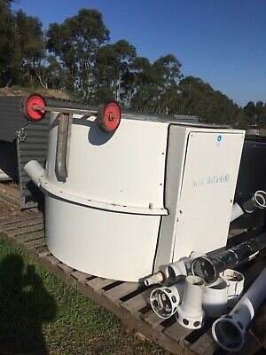 rotaloo maxi 2000 composting septic tank one black and one white.