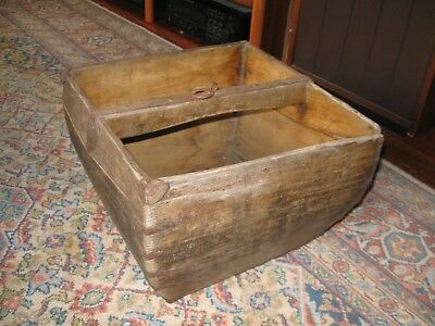 Old Chinese Country Style Wooden Rice Measure Dou, lots of character!!