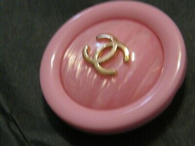 CHANEL 33MM very pretty 1 LARGE button in PINK GOLD CC