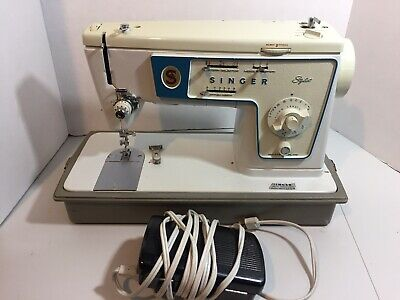 VTG Singer Zigzag 416 Sewing Machine With Foot Pedal And Case - Good Condition!