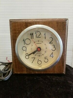 Vintage Sunbeam Electric Clock with Lighted Dial