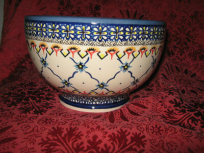 Boleslawiec Polish Pottery Floral Round Serving / Salad Bowl - New