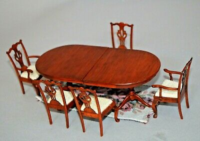 Lot Dollhouse furniture Dining room table and five matching real wood chairs