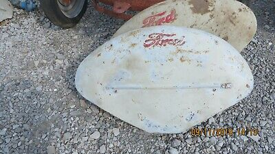 8N,9N,2N, Naa, Jubilee Ford Tractor Pair Of Fenders With Ford Script