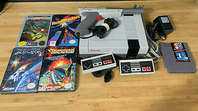Refurbed Nintendo NES System - 2 Controllers, Gun & 5 Games - Tested & Working